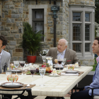Ed Asner on Royal Pains