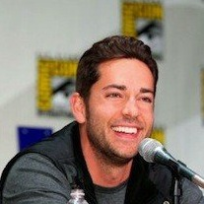 Zachary-levi-at-comic-con