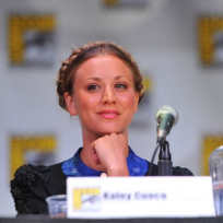 Kaley cuocoo at comic con