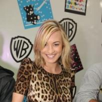 Yvonne Strahovski at Comic-Con