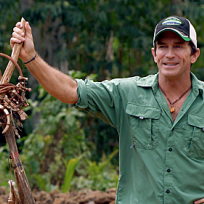 Jeff Probst Hold Immunity