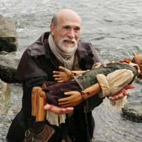 Tony-amendola-as-geppetto