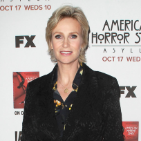 Jane Lynch vs. Mindy Kaling: Which Fox Star Do You Love More?