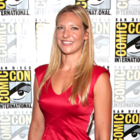 Anna Torv vs. Kiefer Sutherland: Which Fox Star Do You Love More?