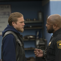 Sons-of-anarchy-season-5-finale-scene