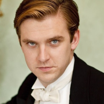 Dan Stevens as Matthew