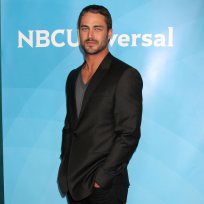 Taylor kinney pic