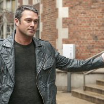 What grade would you give Chicago Fire Season 1?