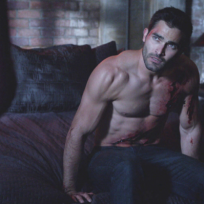 Derek-hale-shirtless