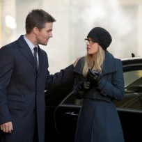 Oliver-and-felicity-in-russia