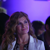 Connie-britton-as-rayna-jaymes