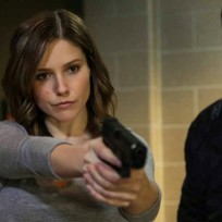 Sophia-bush-on-chicago-fire