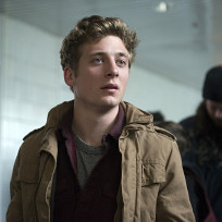Jeremy-allen-white-as-lip-gallagher