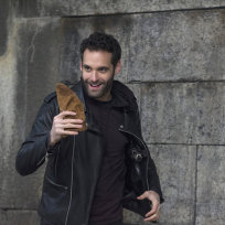 Jonathan Raviv as Rasil Kalif