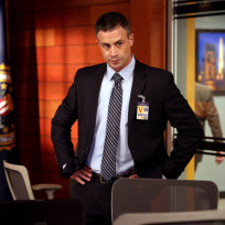 Freddie prinze jr returns as danny beck