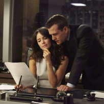 "Suits Pictures: ""Buried Secrets"""