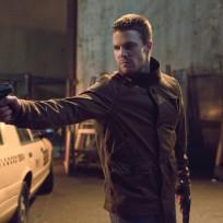 Oliver-aims-a-gun