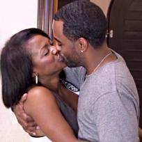 Kandi and Todd Kiss!