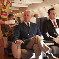 Mad-men-takes-flight