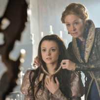 "Reign Photos from ""Monsters"""