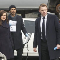 Liz, Ressler and Aram on the Scene