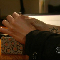 Mariahs wrist