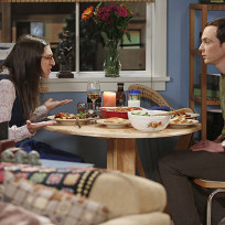 Amy-and-sheldon-have-dinner