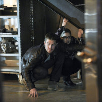 "Arrow Photos from ""The Man Under the Hood"""