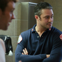 Severide-reaches-out