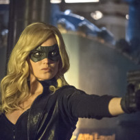 Canary has a Gun