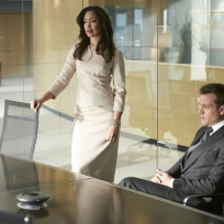 Harvey-and-jessica-are-all-business