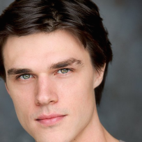 Finn-wittrock-close-up