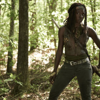 Danai-gurira-in-the-walking-dead