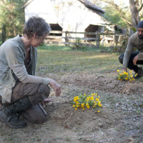 Melissa-mcbride-and-chad-coleman-in-the-walking-dead