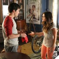 Hashing it Out - Pretty Little Liars Season 5 Episode 10