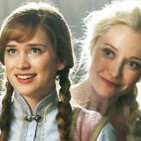 Elizabeth-lail-as-anna-once-upon-a-time
