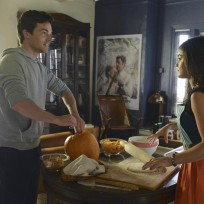 Cleaning the Pumpkin - Pretty Little Liars Season 5 Episode 12