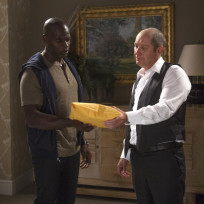 Red-meets-dembe-the-blacklist-s2e1