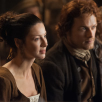 Enjoying-a-story-outlander