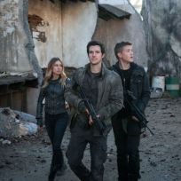 Trio on falling skies