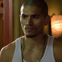 Miguel Gomez as Gus Elizalde - The Strain Season 1 Episode 2