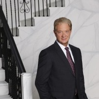 Jeff-perry-as-cyrus-in-season-4-scandal