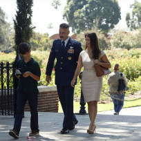 Talbot and Family Stroll - Agents of S.H.I.E.L.D. Season 2 Episode 1