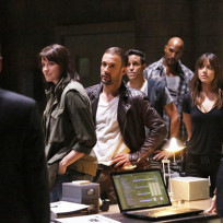 Coulson Makes An Entrance - Agents of S.H.I.E.L.D. Season 2 Episode 1