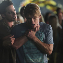 Choked Out - The Vampire Diaries Season 6 Episode 1