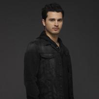 Michael-malarkey-promo-image-the-vampire-diaries