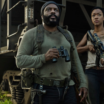 Chad-coleman-as-tyreese-and-sonequa-martin-green-as-sasha-in-the