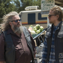 Bobby and jax sons of anarchy s7e2