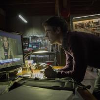 Breaking News - The Flash Season 1 Episode 1