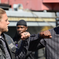 An Important Alliance - Sons of Anarchy